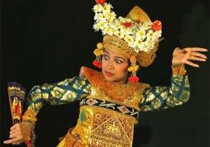 bv-013_-_dance_at_ubud_100105_110708