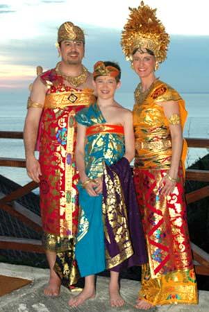 Photo Adat Bali Costume Plan Photo By Pax